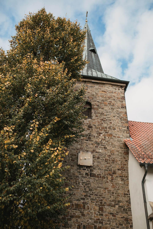 Außenaufnahme der Kirche in Belm.