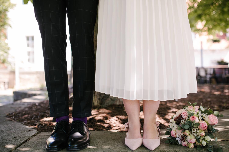 Hochzeitsshooting des Brautpaares. Hochzeit Standesamt Osnabrück.