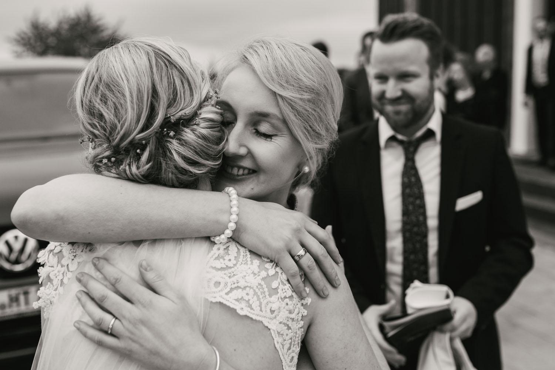 Herzliche Gratulation der Schwester der Braut. Hochzeit in Oesede