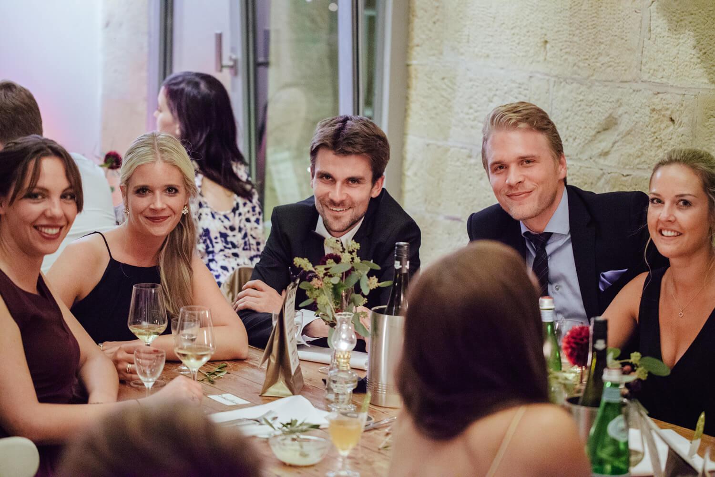 Gäste bei der Hochzeit. Trauung Osnabrück.