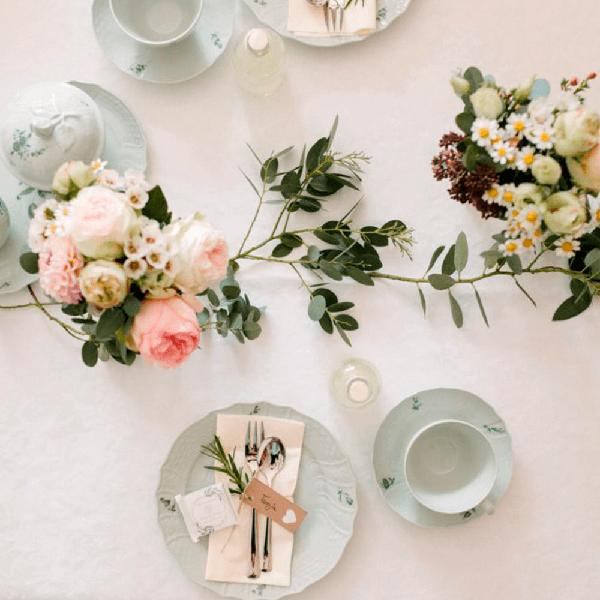 Übergabe der Hochzeitsfotos